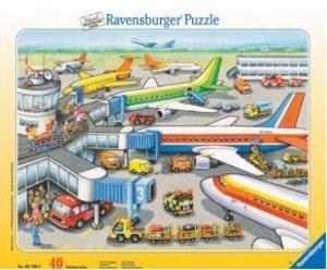 Ravensburger 06700 - Kleiner Flugplatz, 40 Teile Puzzle