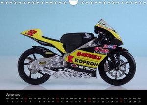 Famous Bikes / UK-Version (Wall Calendar 2022 DIN A4 Landscape)