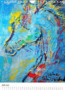 Kunstobjekt Pferd (Wandkalender 2022 DIN A4 hoch)