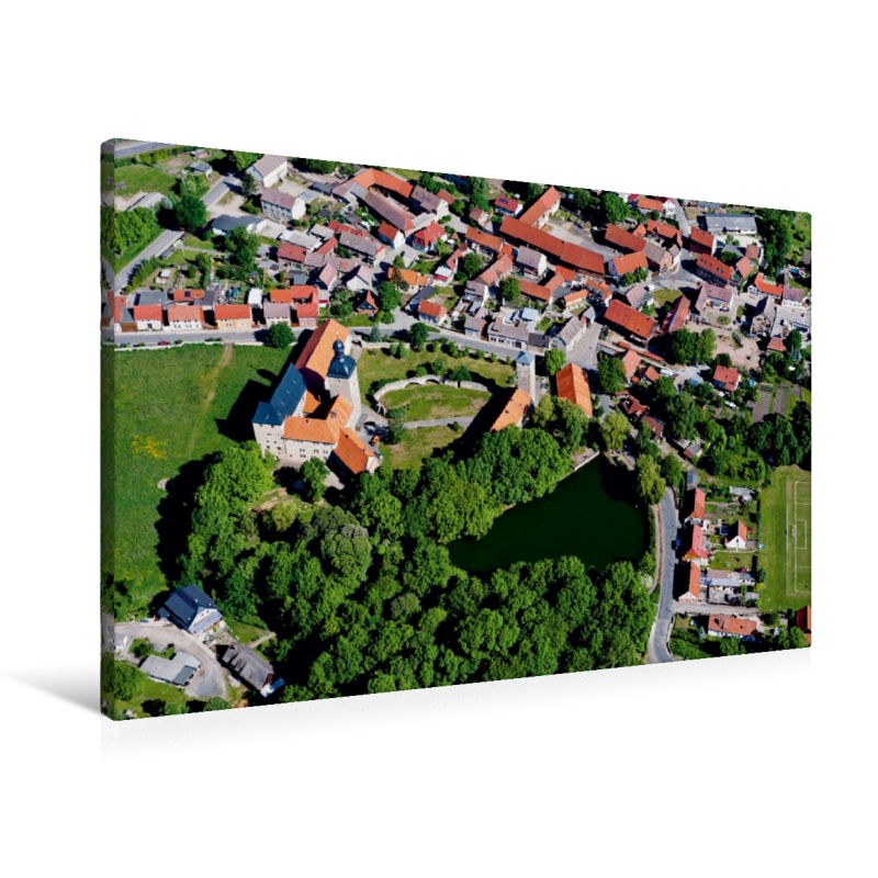 Premium Textil-Leinwand 90 cm x 60 cm quer Zilly mit Wasserburg