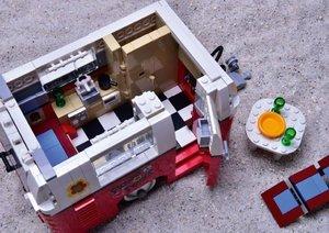 Der VW LEGO Bulli und seine Kumpels