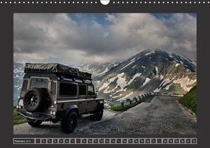 Defender on Tour / UK-Version (Wall Calendar 2015 DIN A3 Landsca