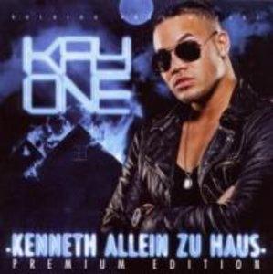 Kenneth allein zu Haus