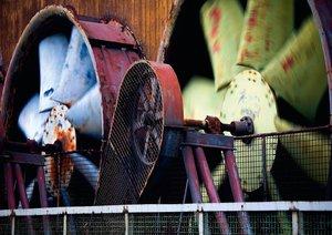 Geschlossen! Details in stillgelegten Industrieanlagen (Posterbu