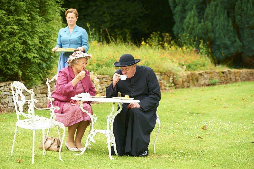 Father Brown - Staffel 2 - zum Schließen ins Bild klicken