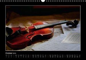 A violin only (Wall Calendar 2015 DIN A3 Landscape)