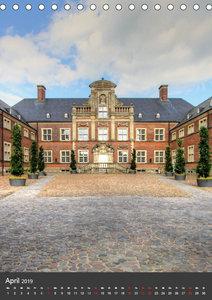 Eindrucksvolle Burgen, malerische Schl?sser im M?nsterland (Tisc