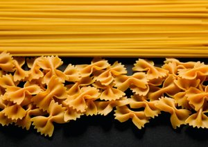 Pasta / UK-Version (Poster Book DIN A2 Landscape)