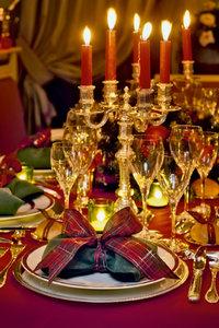 Premium Textil-Leinwand 60 cm x 90 cm hoch Romantisches Essen be