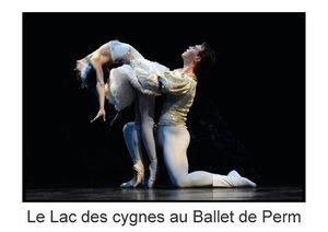 Le Lac des cygnes au Ballet de Perm (Livre poster DIN A3 horizo