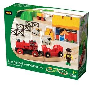 Brio 33043 - Bahn Bauernhof Set, mit Batterie Lok und Zubehör