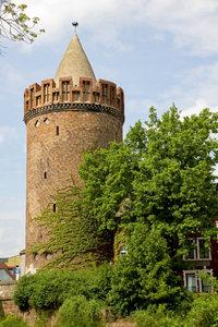 Premium Textil-Leinwand 60 cm x 90 cm hoch Steintorturm in Brand