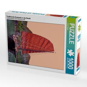 Traditionelle Dschunke in der Bucht 1000 Teile Puzzle hoch