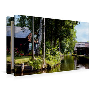 Premium Textil-Leinwand 90 cm x 60 cm quer Häuser an einem Fließ