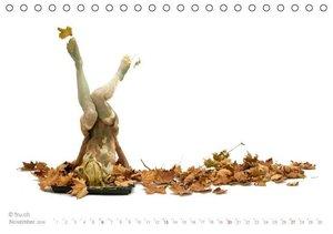 FREMDE WESEN / BODYPAINTING & PHOTOGRAPHY FRU.CH (Tischkalender