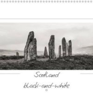 Scotland black-and-white (Wall Calendar 2015 300 × 300 mm Square