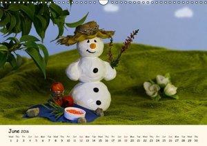 Snowman of the Month 2016 (Wall Calendar 2016 DIN A3 Landscape)