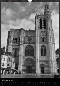 Cathédrale de Sens (Calendrier mural 2015 DIN A3 vertical)