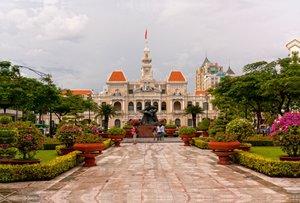 Premium Textil-Leinwand 120 cm x 80 cm quer Ho Chi Minh City