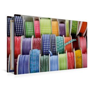 Premium Textil-Leinwand 120 cm x 80 cm quer Bunte Bänder zum Näh