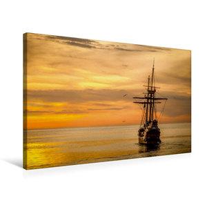 Premium Textil-Leinwand 75 cm x 50 cm quer Boot im Sonnenunterga