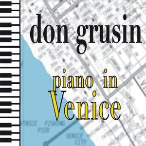 Piano In Venice