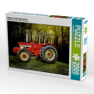 Oldtimer Traktor McCormick 2000 Teile Puzzle quer