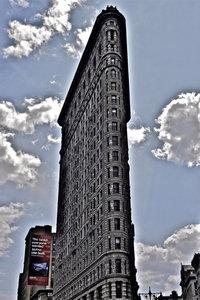 Premium Textil-Leinwand 80 cm x 120 cm hoch Flat Iron Building