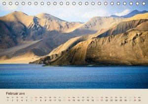 Im Himalaya: Gipfel, Täler und Klöster (Tischkalender 2016 DIN A