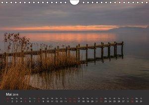 Chiemsee in magischem Licht (Wandkalender 2016 DIN A4 quer)