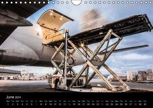 Boeing 777 FREIGHTER (Wall Calendar 2015 DIN A4 Landscape)