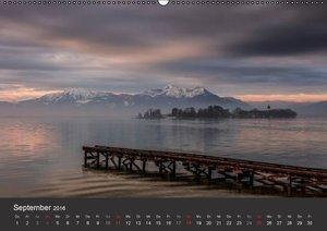 Chiemsee in magischem Licht (Wandkalender 2016 DIN A2 quer)