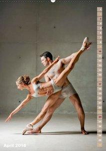 Schwereloser Kraftakt -Ballett (Wandkalender 2016 DIN A2 hoch)