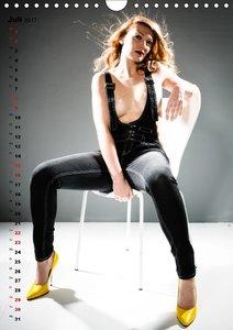 Sexy in Latzhosen (Wandkalender 2017 DIN A4 hoch)