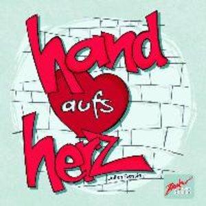 Hand aufs Herz
