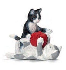 Schleich 13724 - Farm Life: Katzenjungen mit Wollknäuel