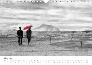 Moments in Black and White (Wall Calendar 2015 DIN A4 Landscape)