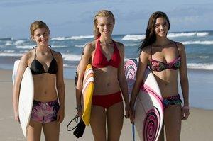 Alien Surfgirls