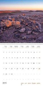 The endless deserts of Libya (Wall Calendar 2015 300 × 300 mm Sq