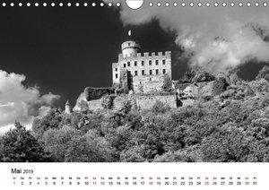 Burgen in schwarzweiß - Wie aus alten Zeiten (Wandkalender 2019