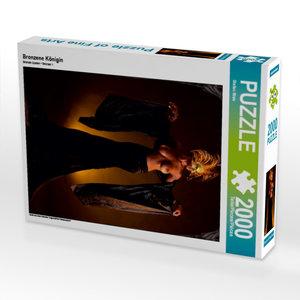 Bronzene Königin 2000 Teile Puzzle hoch