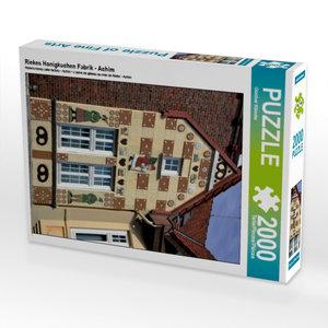 Riekes Honigkuchen Fabrik - Achim 2000 Teile Puzzle hoch