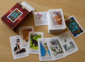 Karten Orakel mit Angelinas 80 Wahrsagekarten