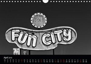 Las Vegas - Schwarzweiß (Wandkalender 2019 DIN A4 quer)