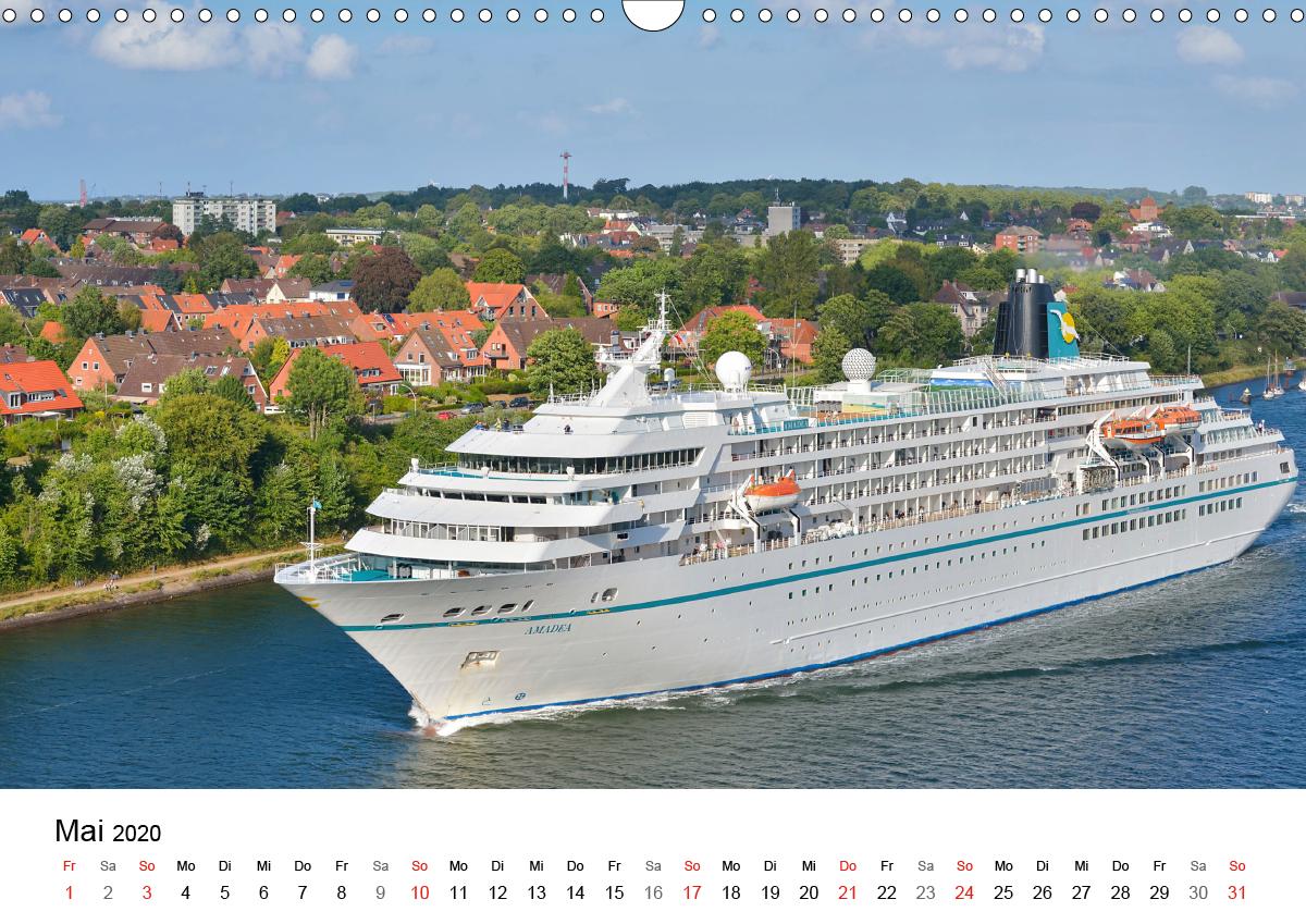 Elegante Schiffe - zum Schließen ins Bild klicken