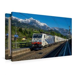 Premium Textil-Leinwand 90 cm x 60 cm quer Berg, Bahn und blauer
