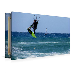 Premium Textil-Leinwand 90 cm x 60 cm quer Kitesurfen im tiefbla