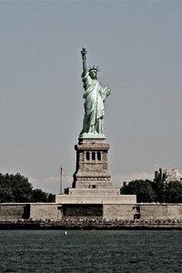 Premium Textil-Leinwand 50 cm x 75 cm hoch Freiheits-Statue