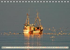 Maritime Augenblicke - Fischkutter (Tischkalender 2019 DIN A5 qu