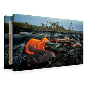 Premium Textil-Leinwand 75 cm x 50 cm quer Lava und Kokospalmen